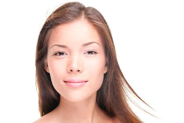 красивая и молодая кожа женщины